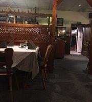 Knezovic Zarko Adria Grillstube Kroatische Spezialitaten Restaurant