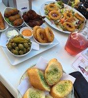 Cafe Komeet