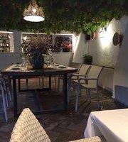 El Claustro Restaurante Jardin