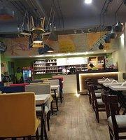 Relish Resto Cafe