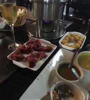 Kanto Madeira Bar e Restaurante