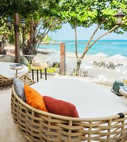Coast Beach Club & Bistro Pattaya