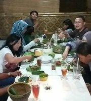 Wulan Sari Restaurant