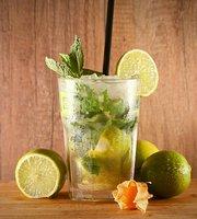 Iguana Bar • Bistro