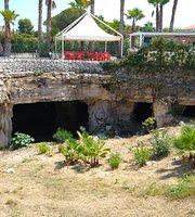 Le Grotte Di Ognina