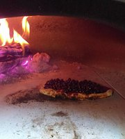 Fire on Wheels Wood Fired Pizza