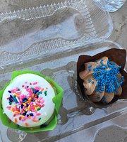 Gold Mine Cupcakes