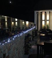 Hotel Poinisuk