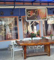 Emtry Cafe and Restaurant