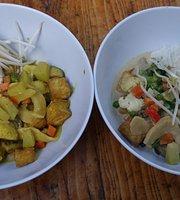 Galiano's Wild1 Cookhouse Thai & Seasonal Cuisine