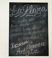La Plaza Café
