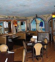 Romano's Pizzeria & Lounge