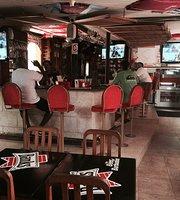 Wendy's Sports Bar