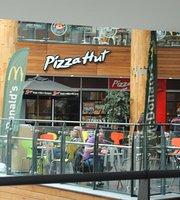 pizza hut Victoria square belfast