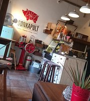 Sonkapult Breakfast Place and Café