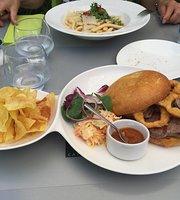 Cafe-Restaurant O5