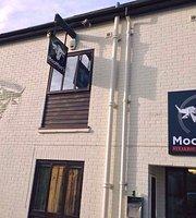 MooMoo's Steakhouse Bar & Grill
