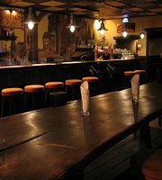Lorien Pub