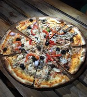 Ghot Pizzeria