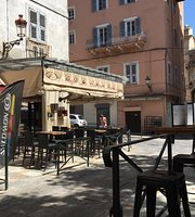 Cafe les Intimes