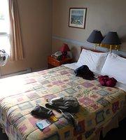 Valemount Hotel