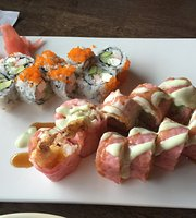 Nikki's gourmet and sushi