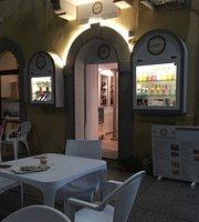 Ichnos Street Food