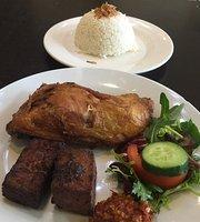 Bamboe Cafe & Restaurant