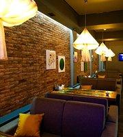 O2 Lounge Cafe