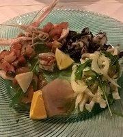Ristorante e Gastronomia Bora Bora-Fronte Mare
