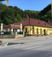 Gasthaus & Fleischerei Haselbacher