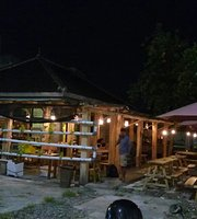 Kurabu Angkringan & Kitchen