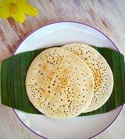 Mumbai Station Pure Vegetarian Indian Cafe