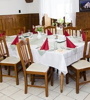 Gólyafészek Restaurant