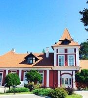 Kastel Ecka Hunting Manor