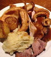 Henbury Arms Stonehouse Pizza & Carvery