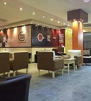 Magneto Cafe & Restaurant