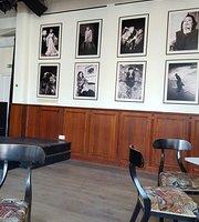 Rozsavolgyi Szalon & Cafe