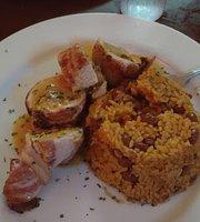 Monchas Restaurant