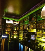 Scobie's Irish Pub