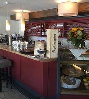 Cafe & Bar Malu