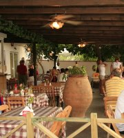 Taverna Socrates