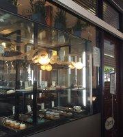 Cream Patisserie Boulangerie