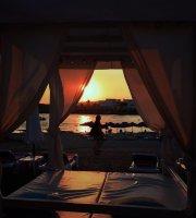 Cafe Del Mar Beach Bar