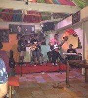 Lovin Bar & Restaurant