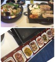 Korean BaSe Barbeque (RiYue Guang)