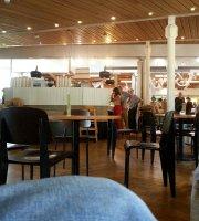 Victoria Plaza Cafe