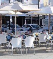 Cafeteria Heladeria Pasteleria El Deseo