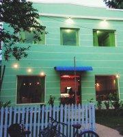 Rainbow Bakery & Cafe