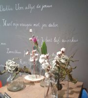 By J Bloemen en Craft Cafe